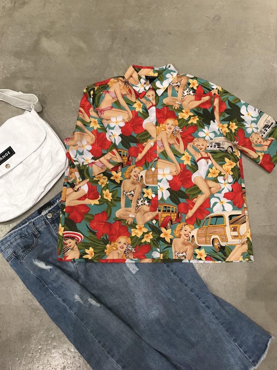 Swimsuit pattern shirt