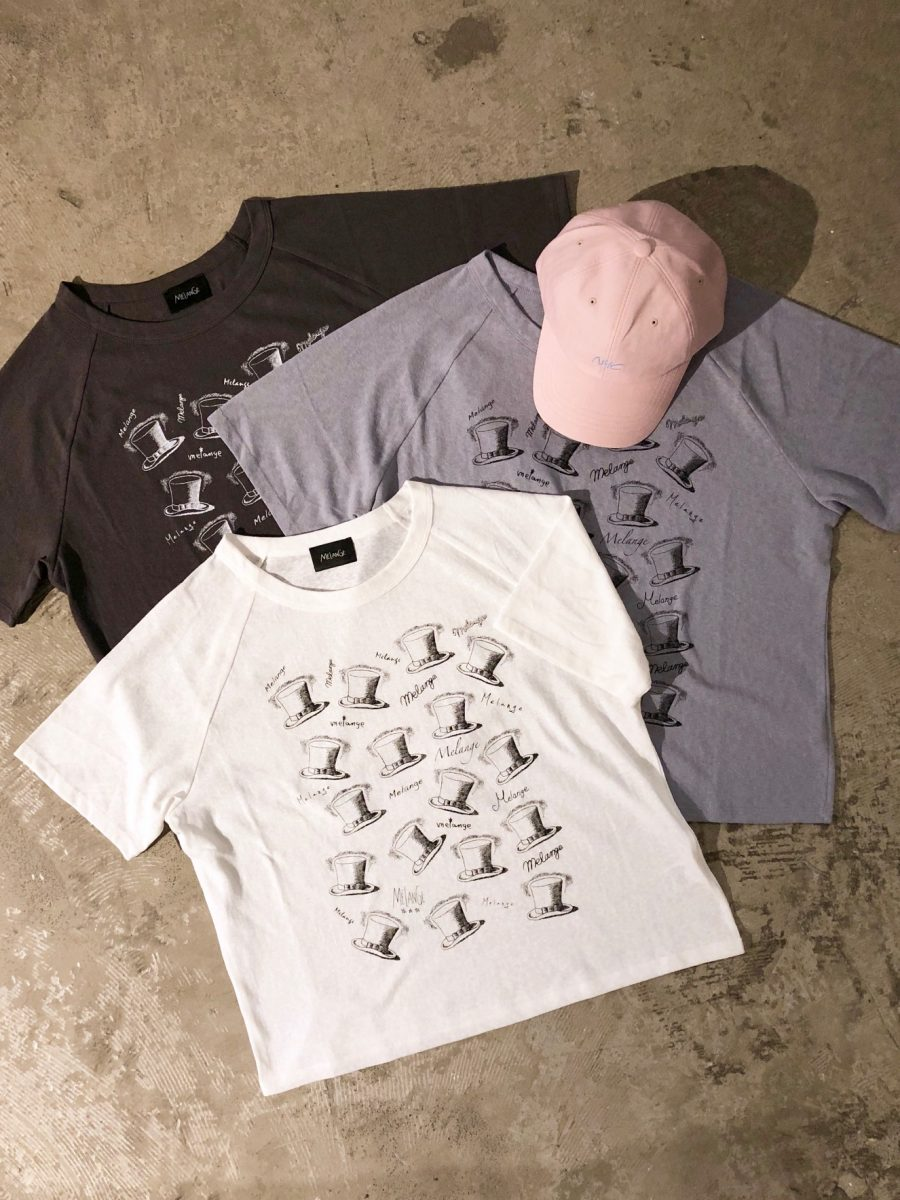 Hat pattern T-shirt