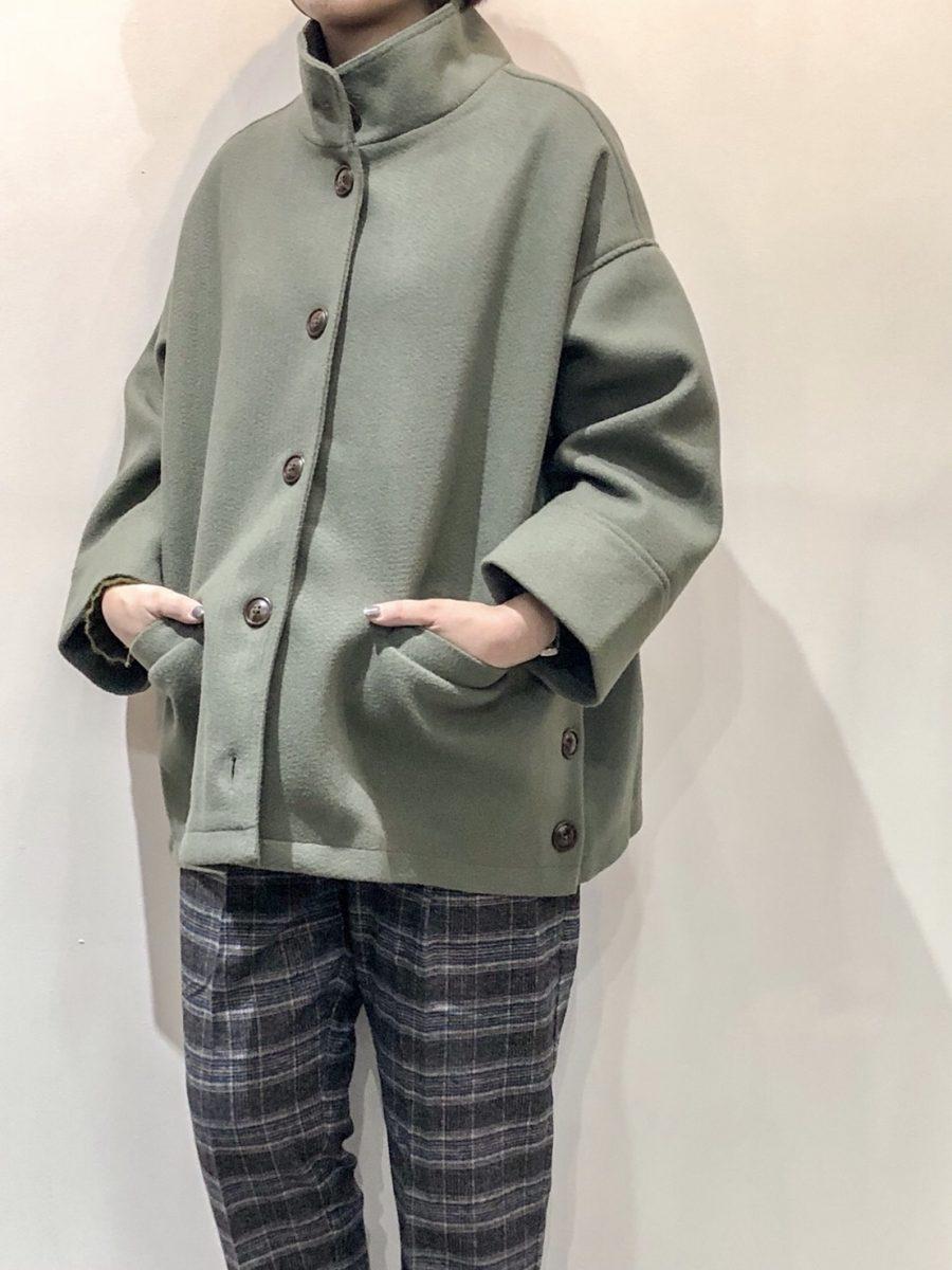 Collar rib coat