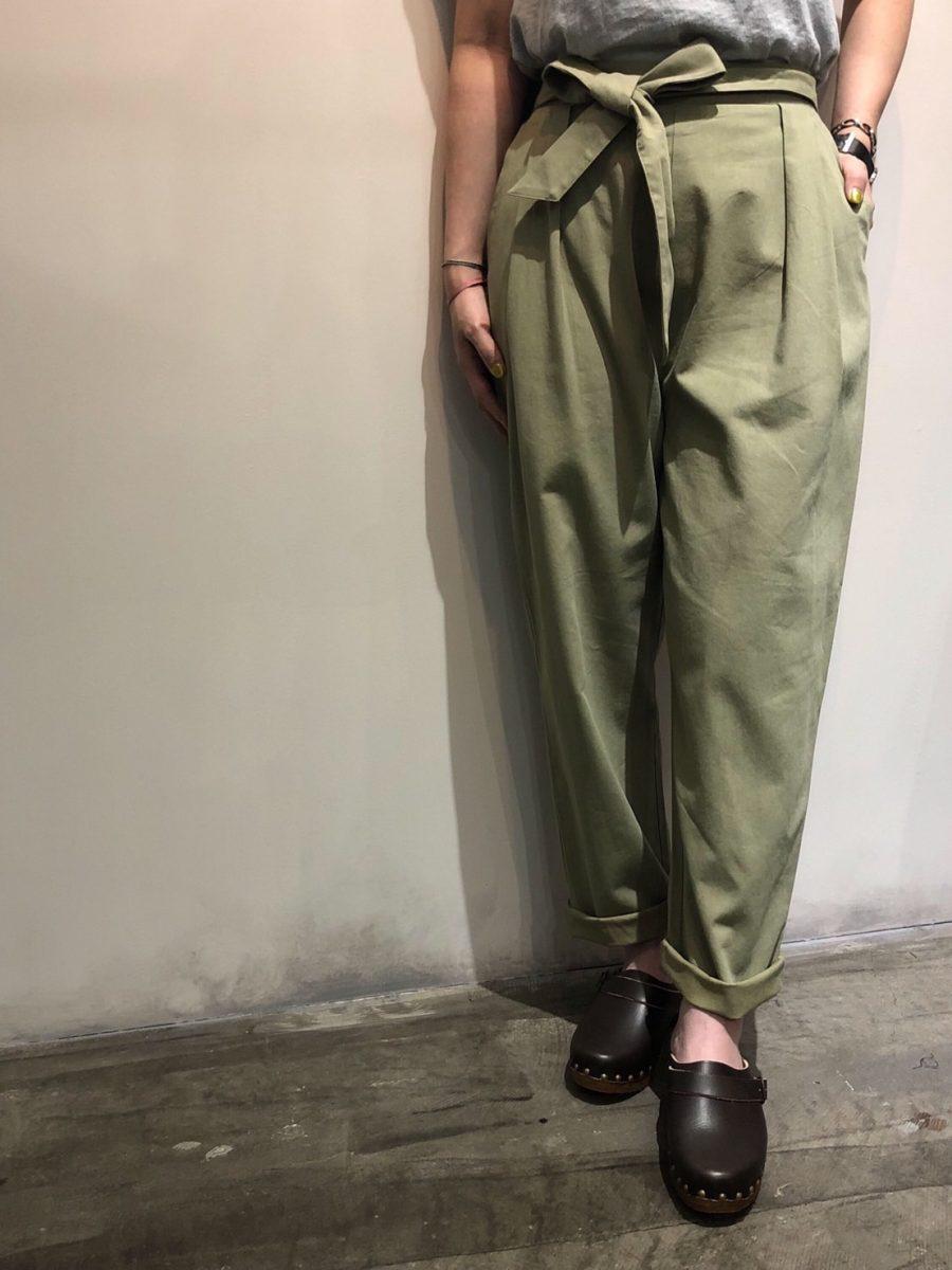 Original belted pants