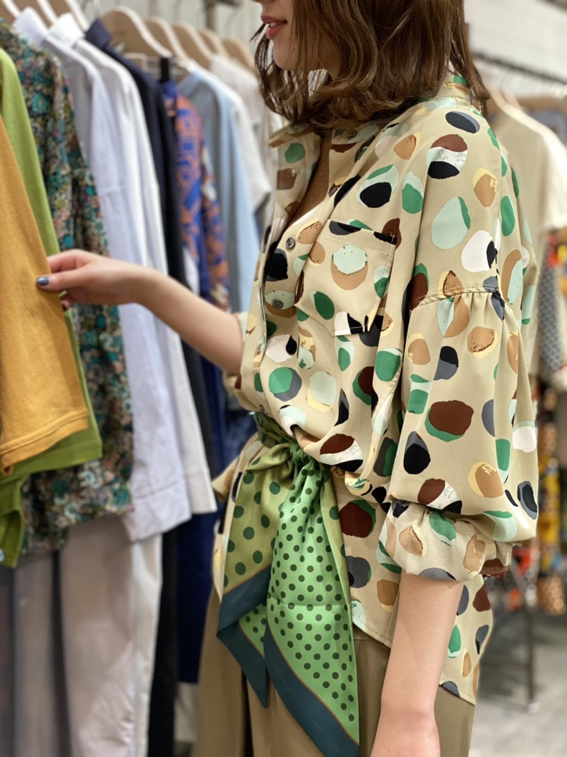 Dot print blouse